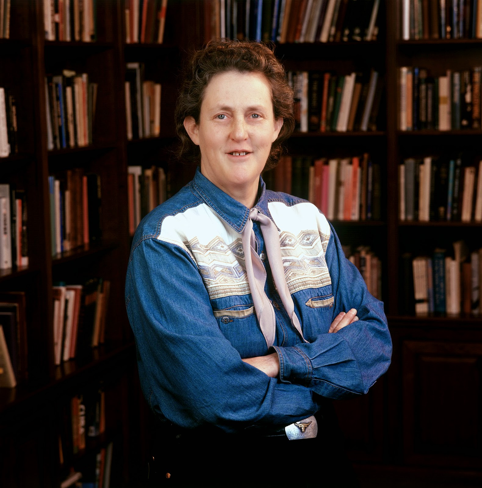 Temple Grandin stojí mezi odbornými knihami