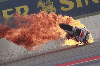 MotoGP 2015 Hadirkan 976 Kecelakaan Selama 18 Balapan di Semua Kelas