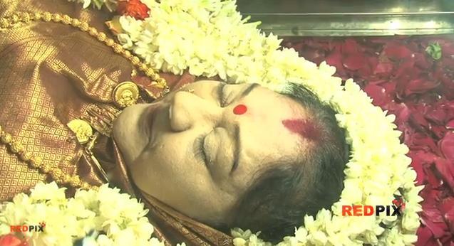Veteran actress Manjula Vijayakumar, died this afternoon in Ramachandra hospital Chennai