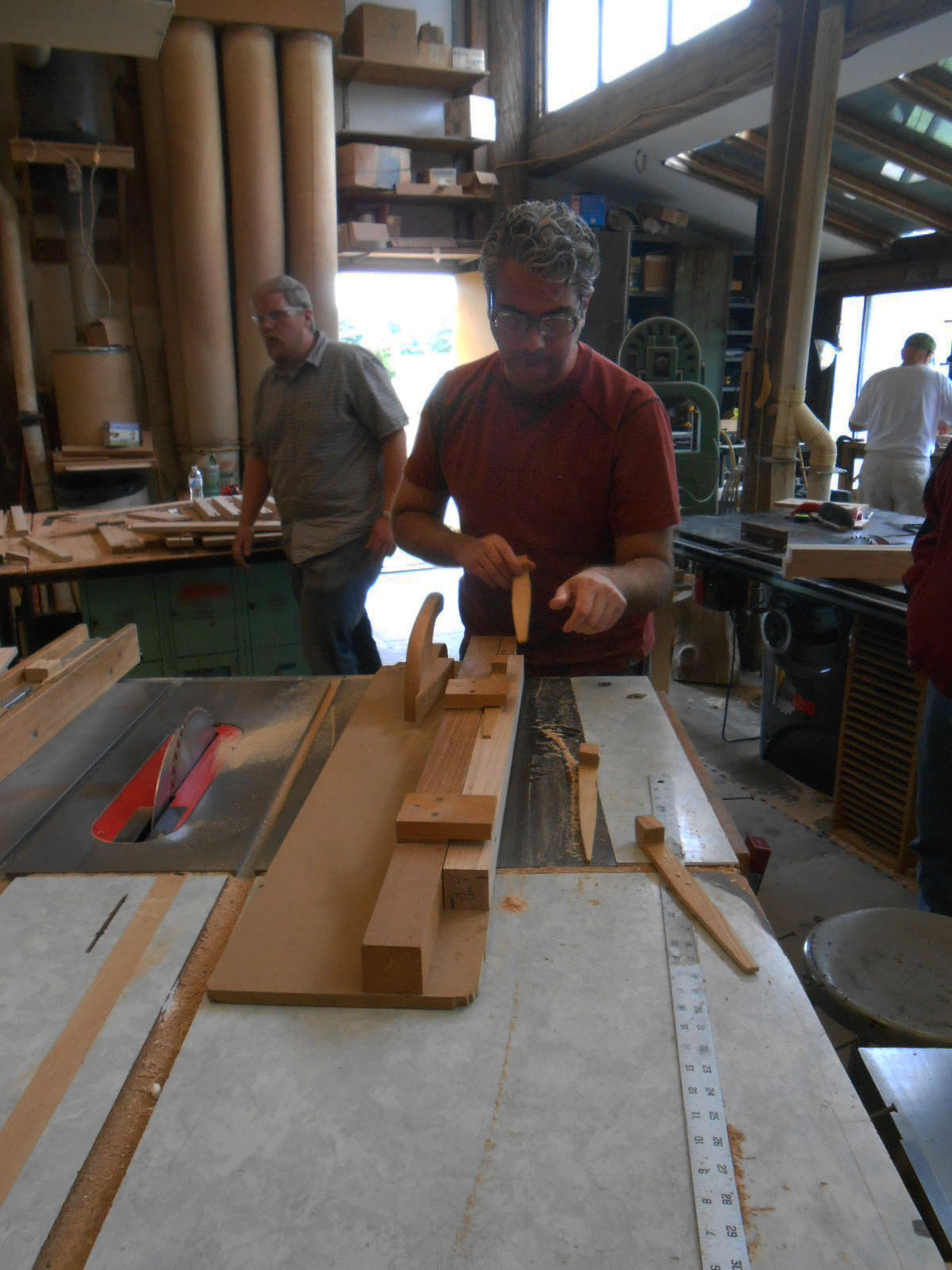 how to become a woodworking apprentice
