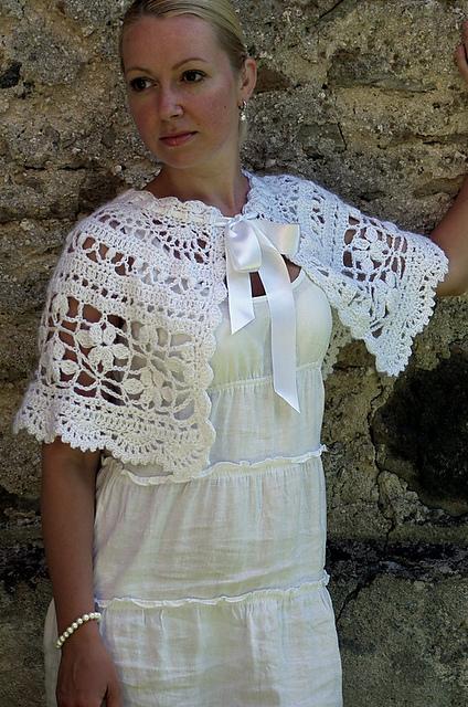 Crochet Pattern Communion Cape : Stitching Up a Storm: Shawls