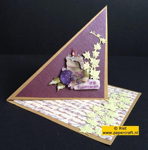 Gedraaide easelkaart van een vierkante kaart