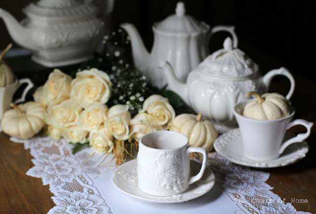 Neutral Fall Tea: The Charm of Home