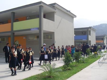 Masacre en Escuela Privada deja un saldo de 500 muertos y 300 heridos
