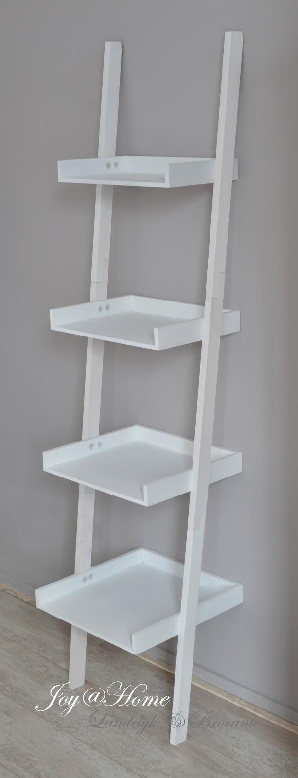 Joy home living soap gifts landelijke sidetable trap als wandrek - Schilderij trap ...