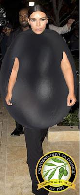 Kim Kardashian halloween costume funny