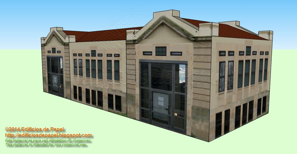 Maqueta de papel de edificio grande en el Campus de Ourense