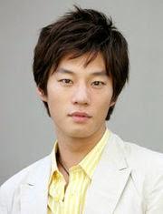 Biodata Lee Chun Hee pemeran tokoh Kim Eung Suk