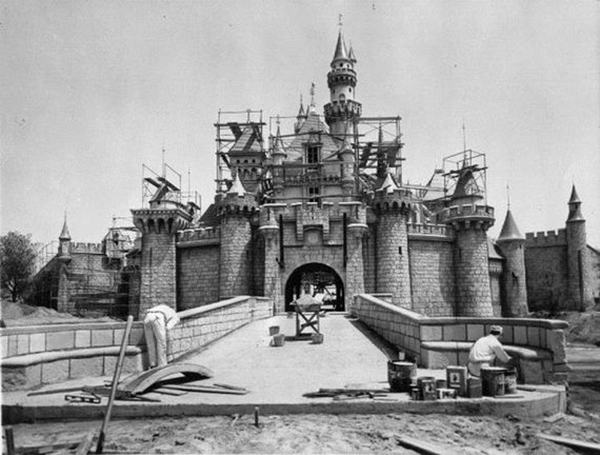 Disneyland, 1954
