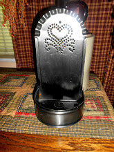 PUNCHED HEART TIN CANDLE HOLDER SHELF