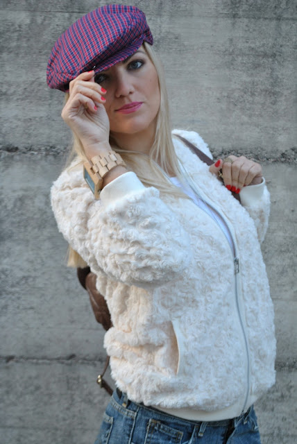 outfit cappello come abbinare il cappello orologio gufo italy smalto rosso ragazze bionde mariafelicia magno fashion blogger colorblock by felym blonde girl blonde hair blondie cloth cap outfit outfit dicembre 2015 december outfits outfit casual invernali outfit casual autunnali outfit sporty fall casual outfit mariafelicia magno fashion blogger colorblock by felym fashion blog italiani fashion blogger italiane blog di moda blogger italiane di moda fashion blogger bergamo fashion blogger milano fashion bloggers italy italian fashion blogger influencer italiane italian influencer italian fashion bloggers