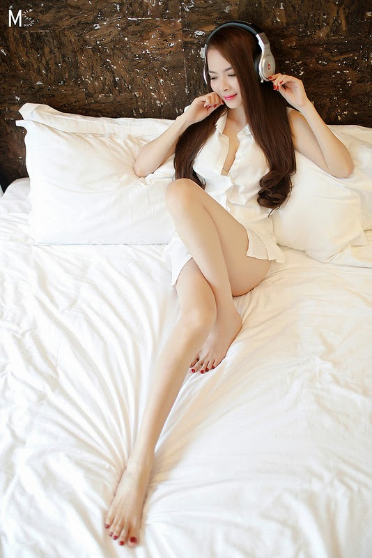 Người đẹp trắng xinh gợi cảm