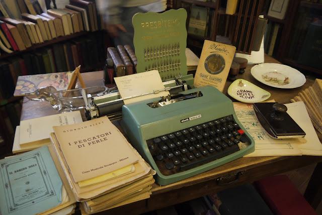 libri antichi vintage book olivetti