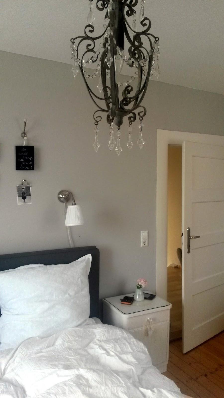 frl etepetete aus omas zeiten. Black Bedroom Furniture Sets. Home Design Ideas