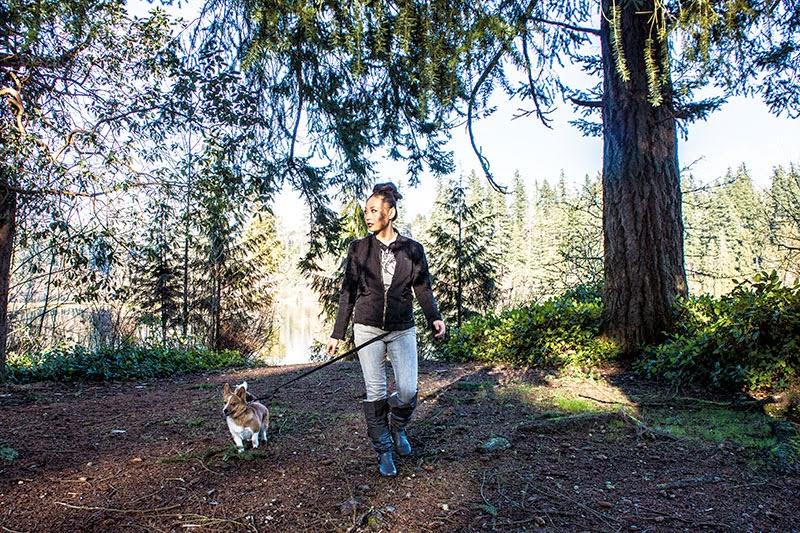 hiking with corgi
