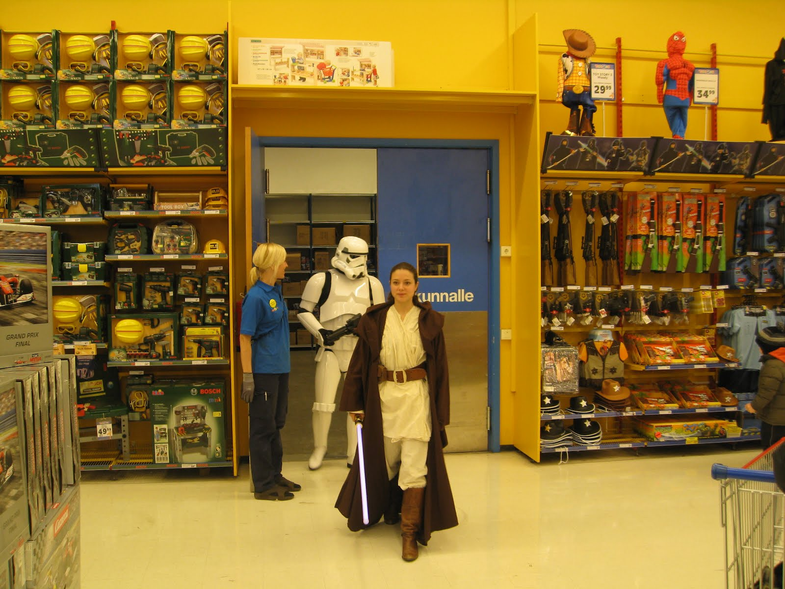 Toys Are Us Star Wars : Elise s world star wars toys r us