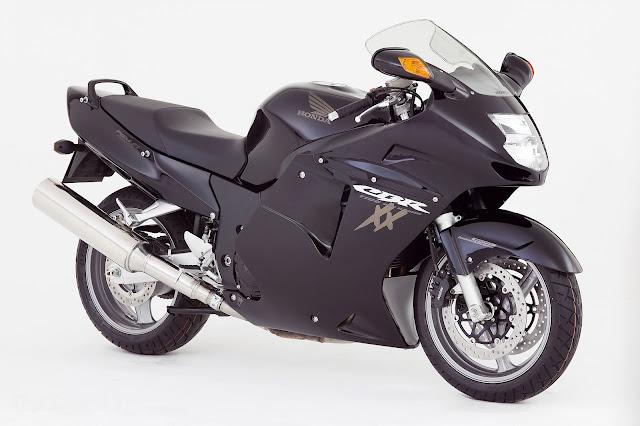 Gambar Sepeda Motor Honda CBR 1100xx Blackbird 02