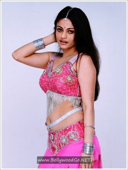 Sneha+Ullal+SexyHot+Stills+From+Action+3D+(3)