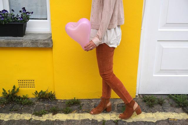 chloeschlothes - coeur jaune