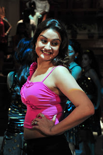 Sonia Agarwal Stunning Pink tank top in an item song Spicy Pics
