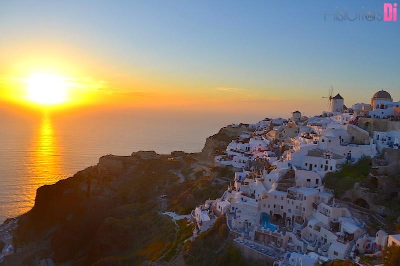 O pôr do sol mais lindo do mundo em Oia