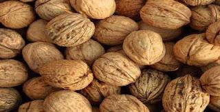 gambar kacang walnut manfaat kacang walnut
