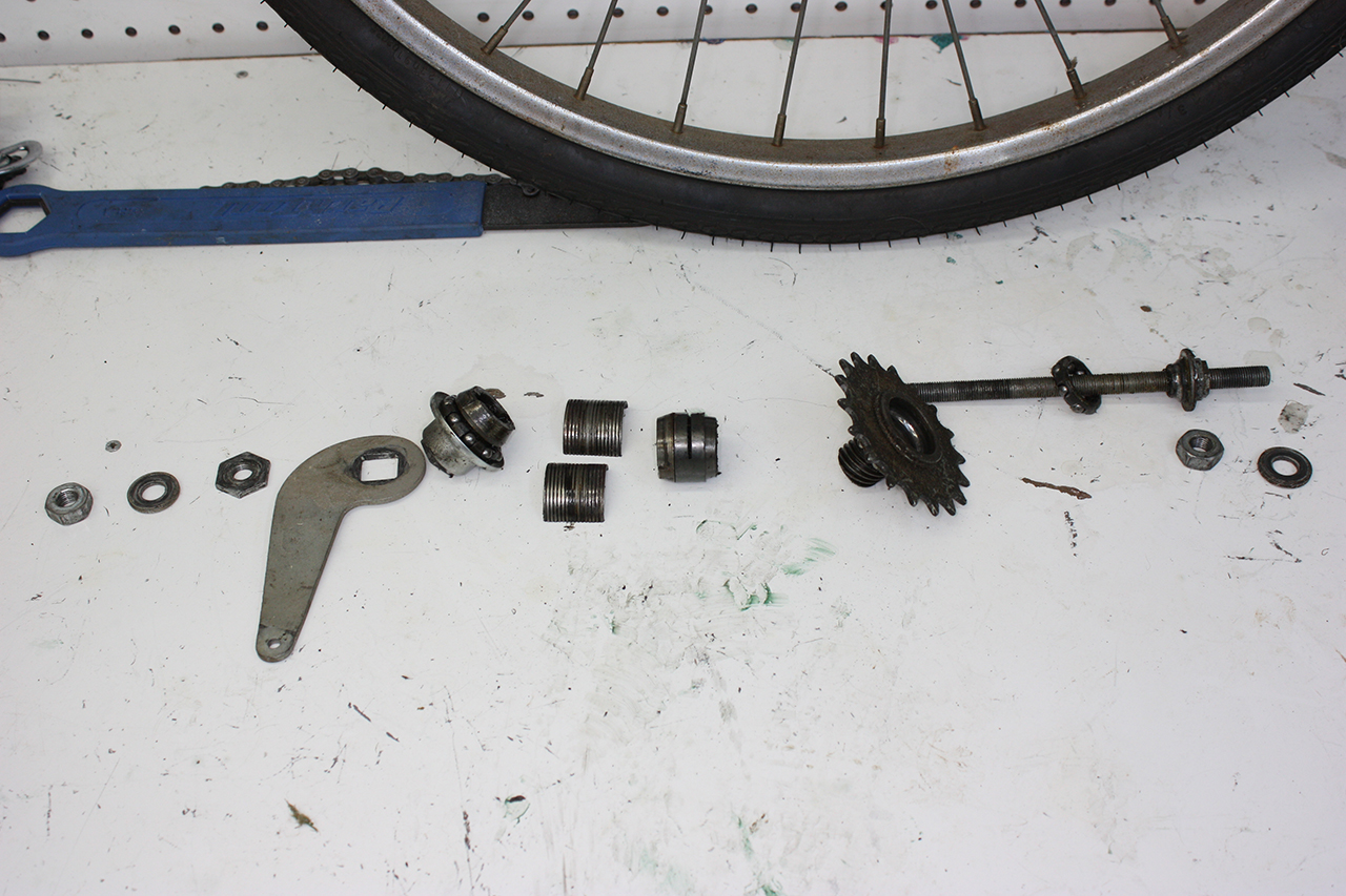 Bicycle Rear Hub Exploded View : John s bicycle restorations steve schwinn twinn tandem