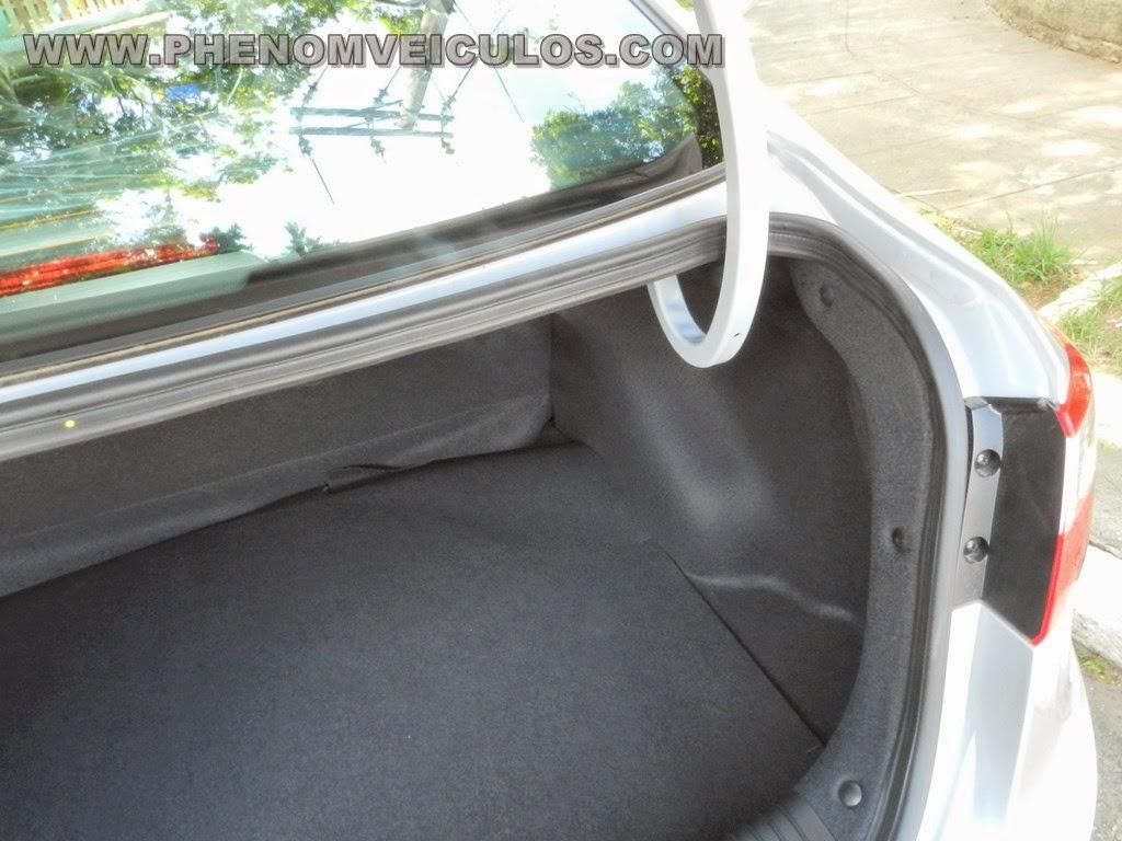 HB20S 1.6 AUTOMÁTICO - www.phenomveiculos.com