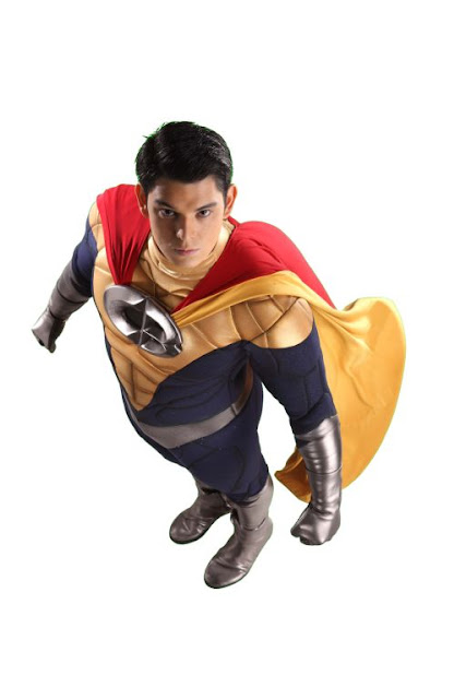 Richard Gutierrez as Captain Barbell