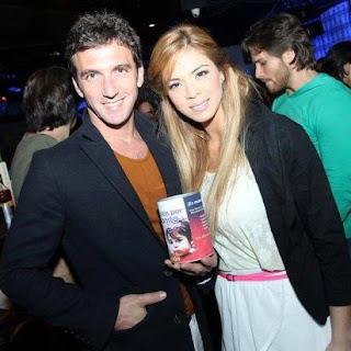 Antonio Pavón junto a su pareja Sheyla Rojas