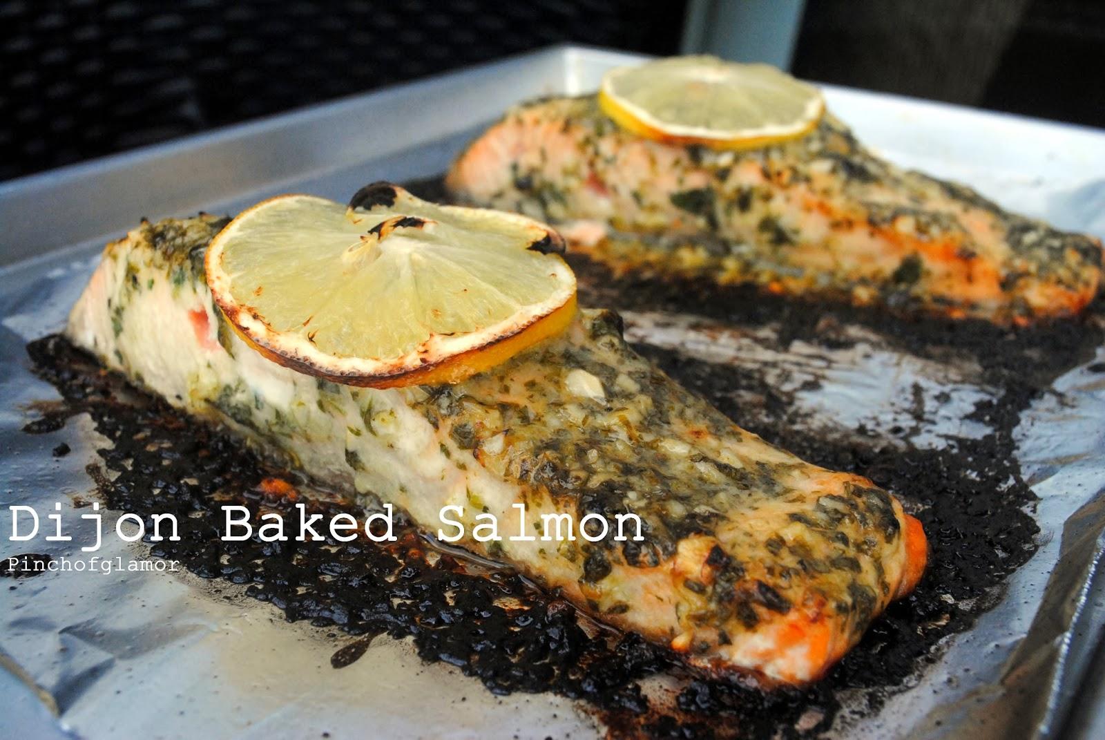 Pinchofglamor: Dijon Baked Salmon