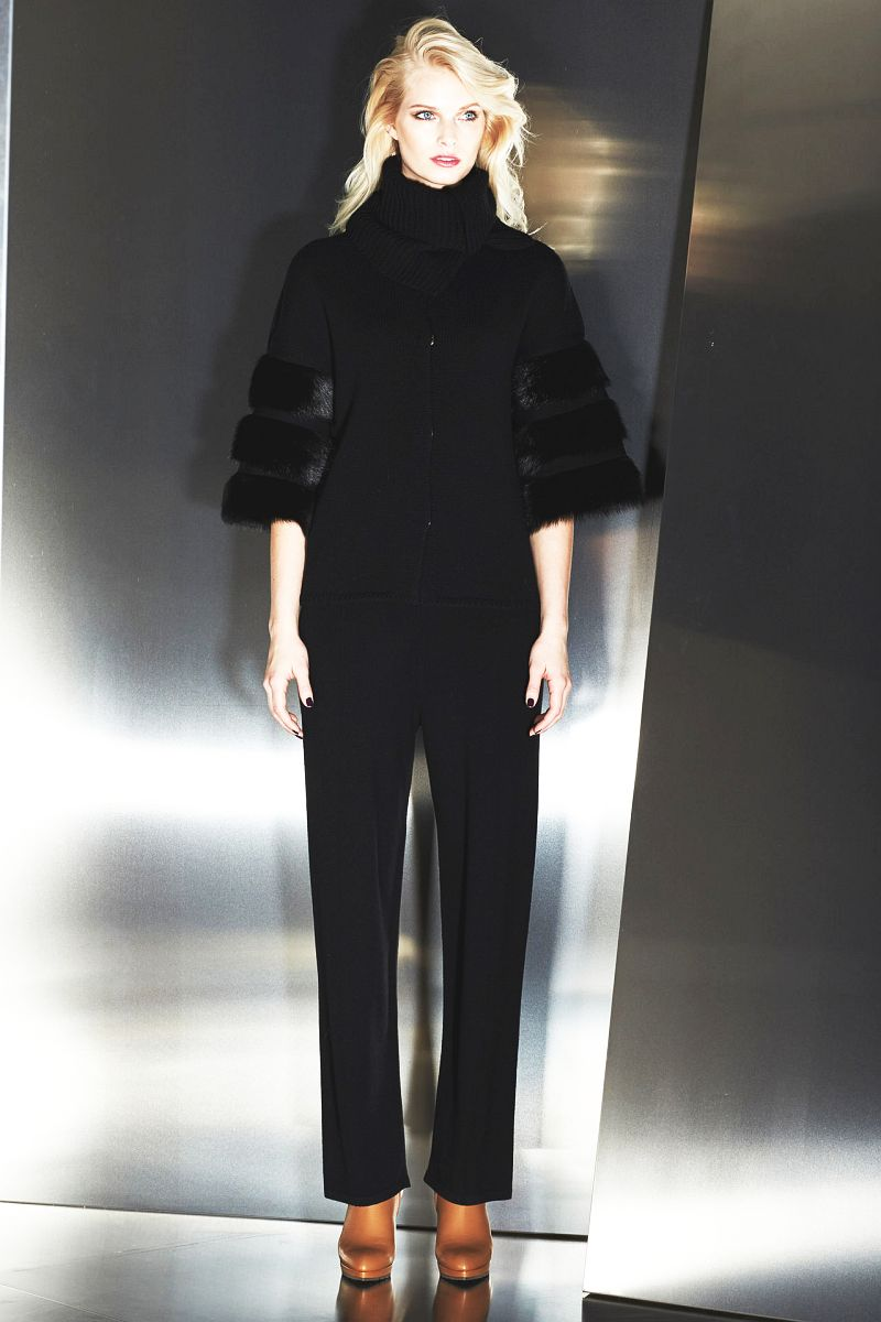http://3.bp.blogspot.com/-KlYIHAXuaW8/UvPGWXkeiVI/AAAAAAABRbU/i2b7HsBJcvQ/s1600/Escada-Womenswear-Fall-Winter-2014-15-%2BCollection-Mercedes-Benz-New-York-Fashion-Week-Glamour-Boys-Inc%2B%2B027.jpg