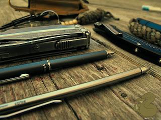 EDC pen mechanical pencil leatherman crkt ripple pocket knife multi tool