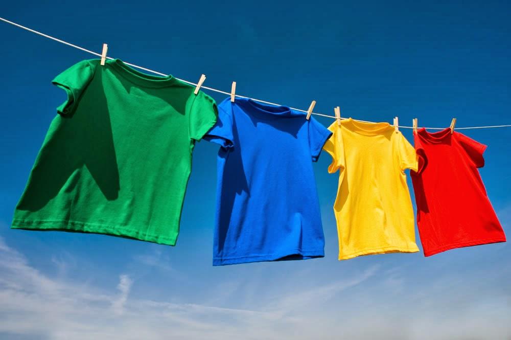 cara menghilangkan noda luntur, pakaian luntur, pakaian kuning, deodoran , kuninng di ketiak, mencuci baju putih, noda darah