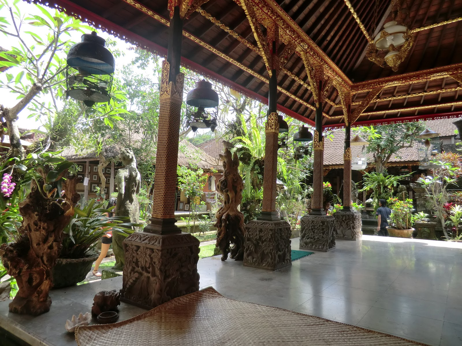 El mundo a tus pies saboreando indonesia ix - Artesania de indonesia ...