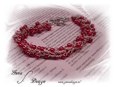 gunadesign Boxchainmaille bracelet: Strawberry Fields