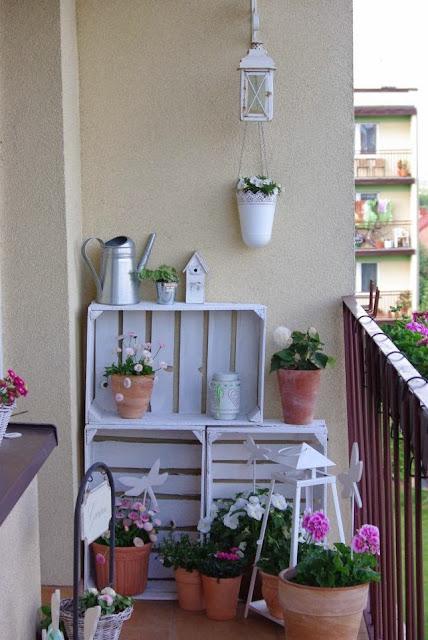 aranżacja balkonu, balkon latem