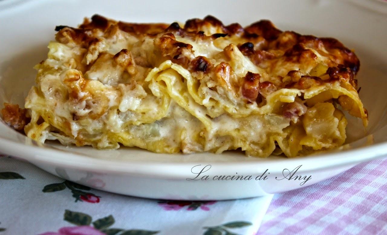 lasagna con cavolfiore e pancetta - lasagna cu conopida si pancetta