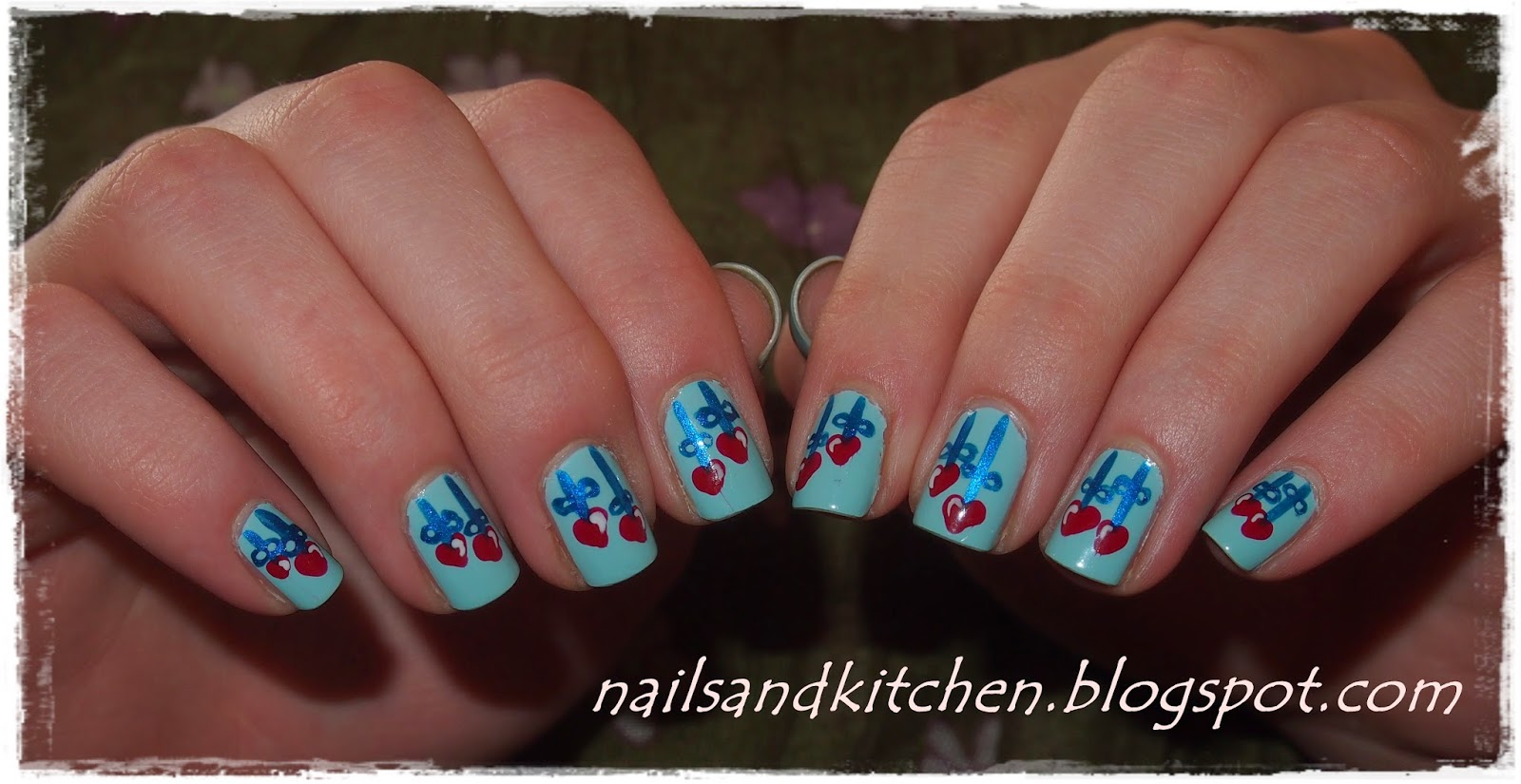 http://nailsandkitchen.blogspot.com/2014/05/wiszace-serduszka.html