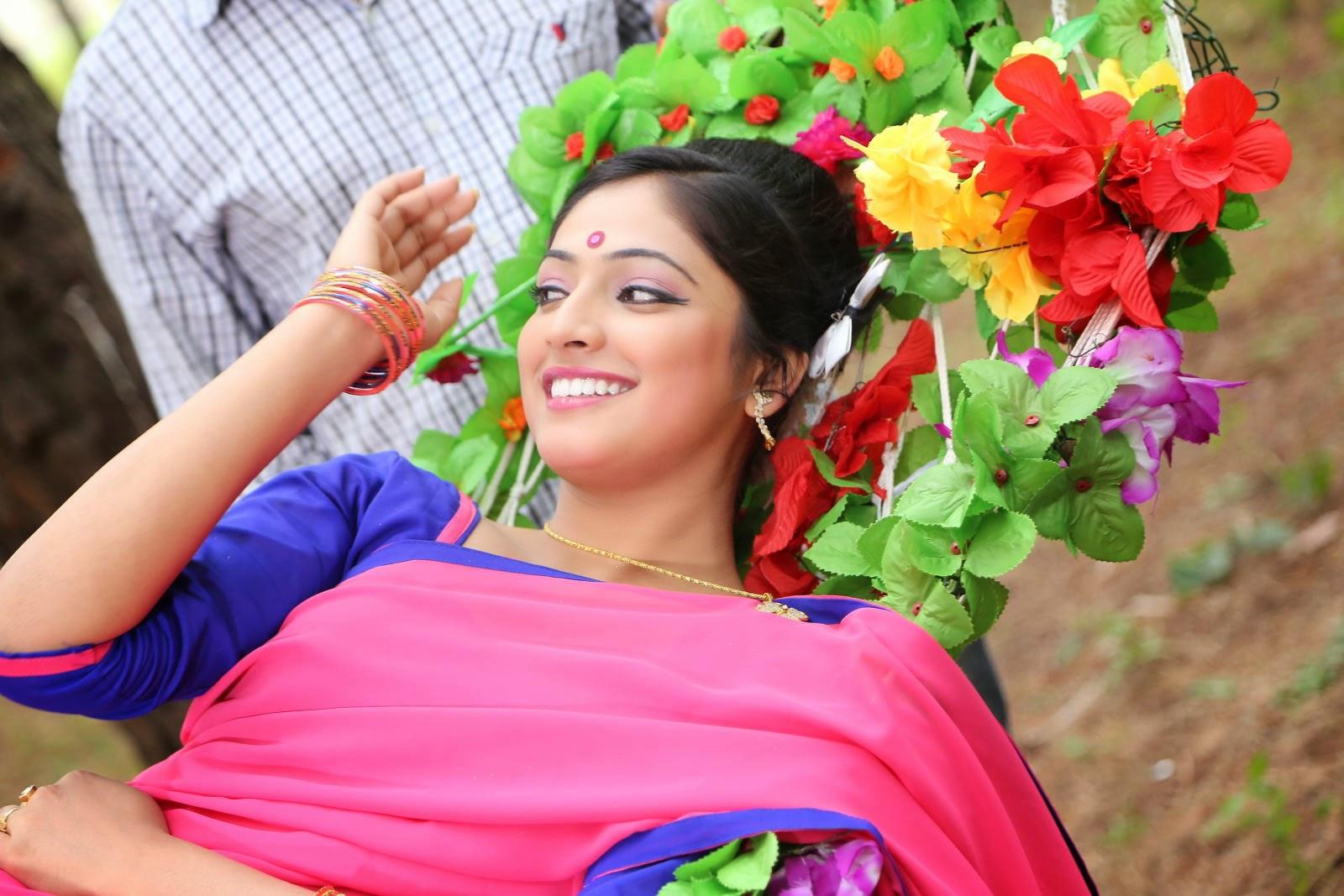 Hari Priya Glamorous photos-HQ-Photo-10