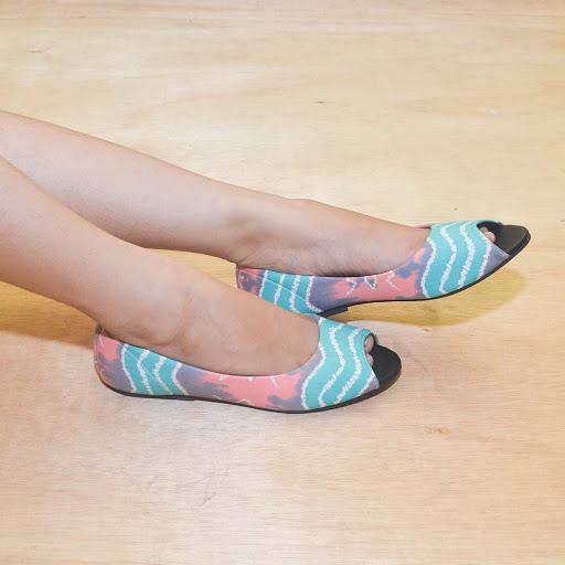 Sepatu Batik Jumputan Tosca