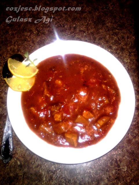 Zupa gulaszowa, gulasz węgierski, pikantna zupa gulaszowa, gulasz wieprzowy