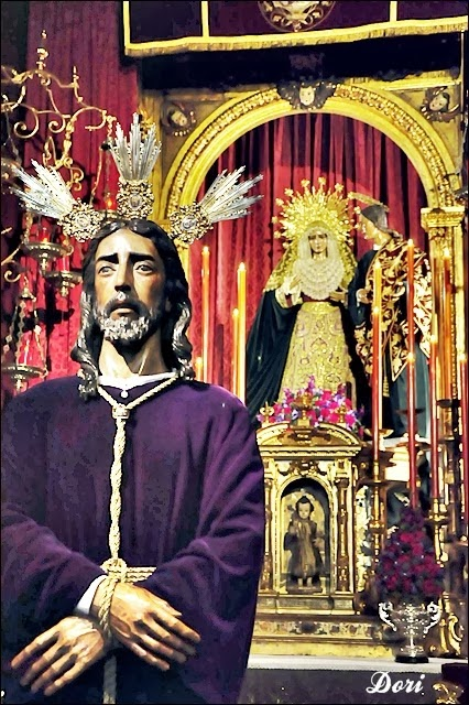 Besamanos Jesús entre Anás 2014