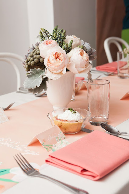 decor peach echo pantone