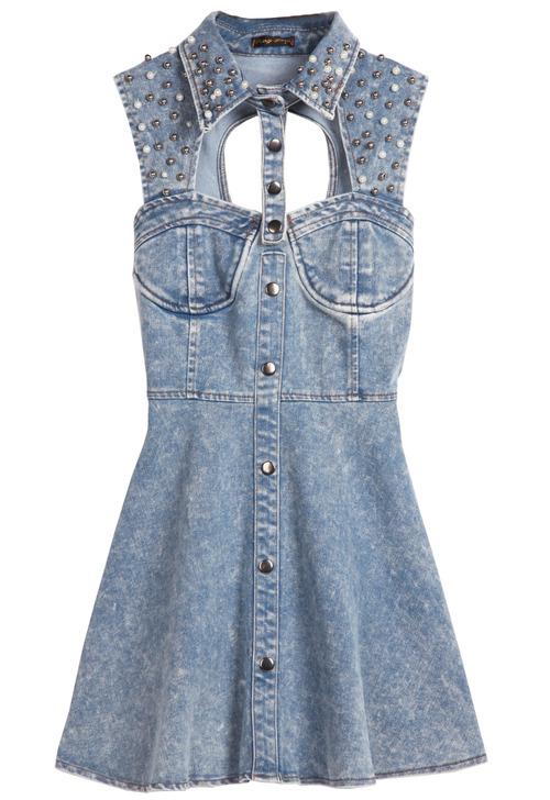 Hace un mes aproveché el descuento en SHE INSIDE y me pedí ropa Así es como se ve en la tienda.