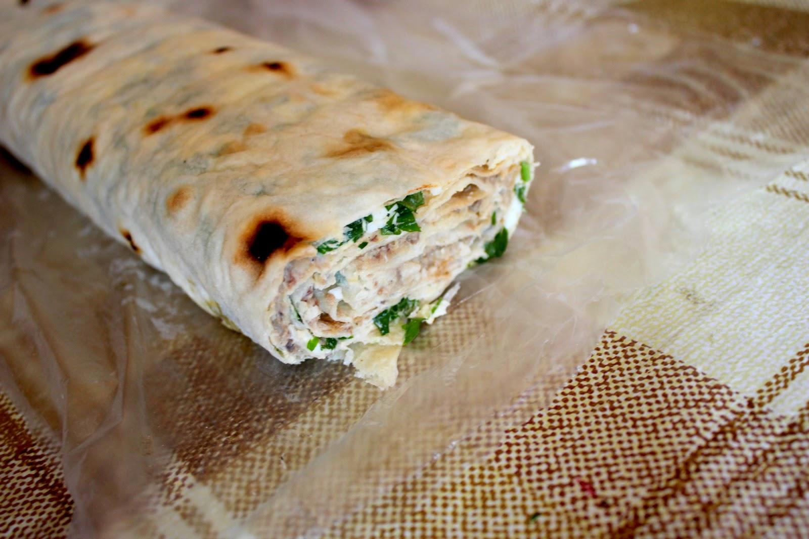Рулет из лаваша с ветчиной и сыром, пошаговый рецепт