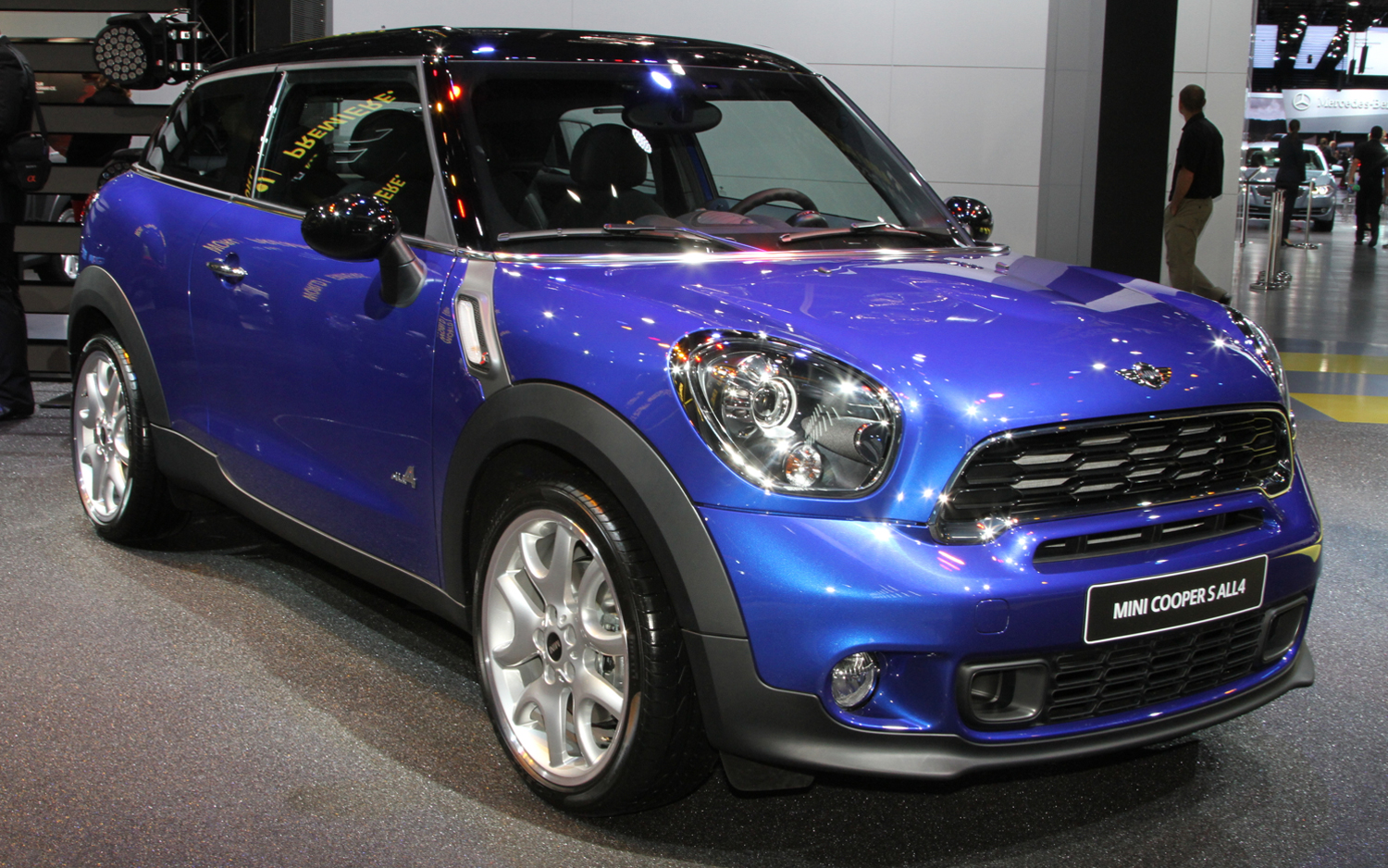 mini cooper paceman new cars reviews. Black Bedroom Furniture Sets. Home Design Ideas