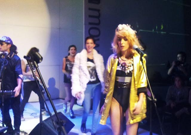 extravagancia-band-hiela pierrez-singer