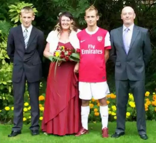 See Why this Arsenal Fan Got Married in a Full Arsenal Kit