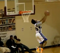 Corey Sanders reverse dunk